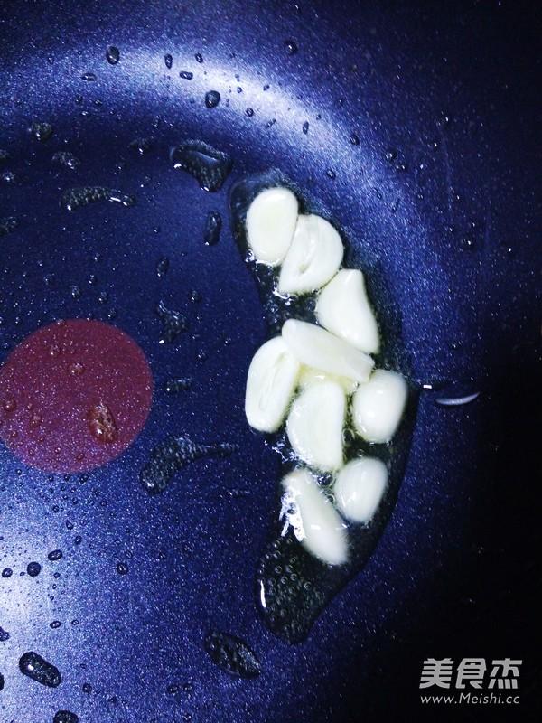 家常小炒油麦菜的做法图解