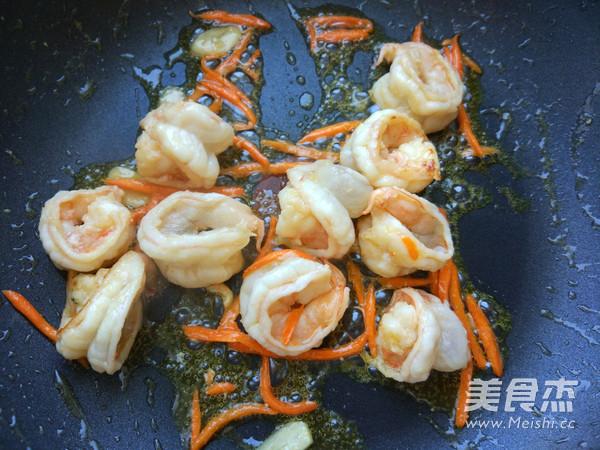 鲜虾热汤面的做法图解