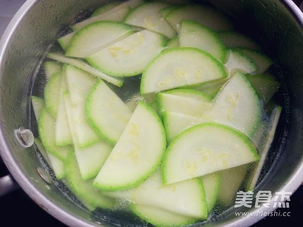西葫芦鸡蛋汤的简单做法