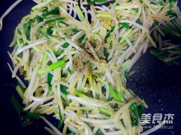 土豆丝韭菜炒豆芽怎么煮