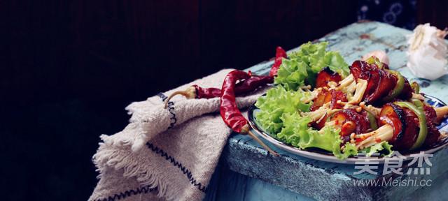 烤肉蔬菜卷成品图