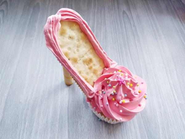 芭比高跟鞋蛋糕的步骤
