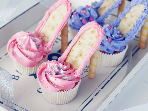 芭比高跟鞋蛋糕成品图