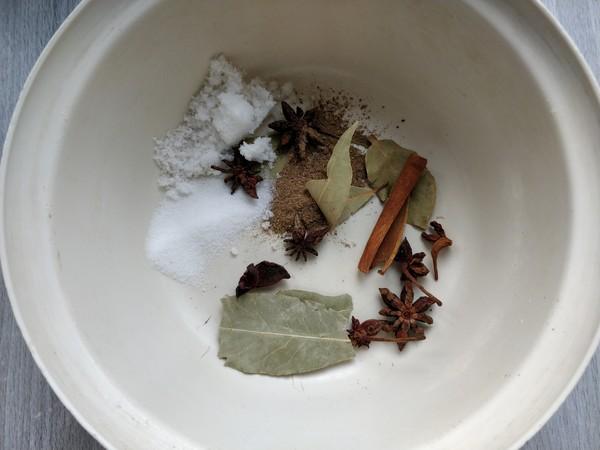 微波炉五香花生米的做法图解
