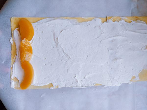 黄桃千层蛋糕卷怎样煸