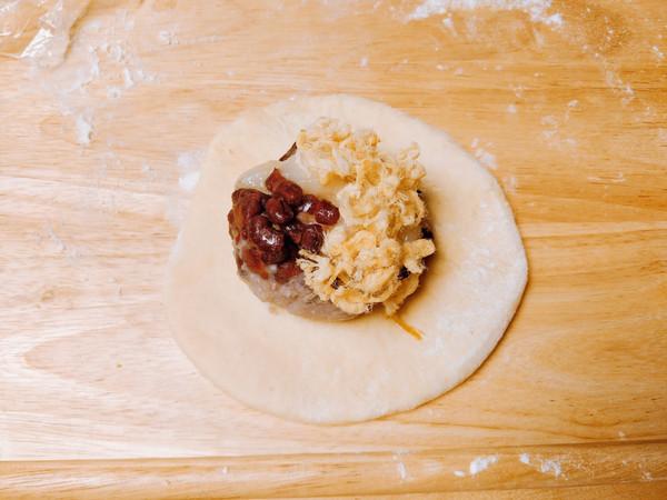 蛋黄肉松麻薯红豆芋泥包怎样炒