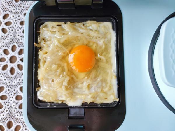 猪肉锅贴、土豆丝鸡蛋饼、南瓜小米粥怎么炒
