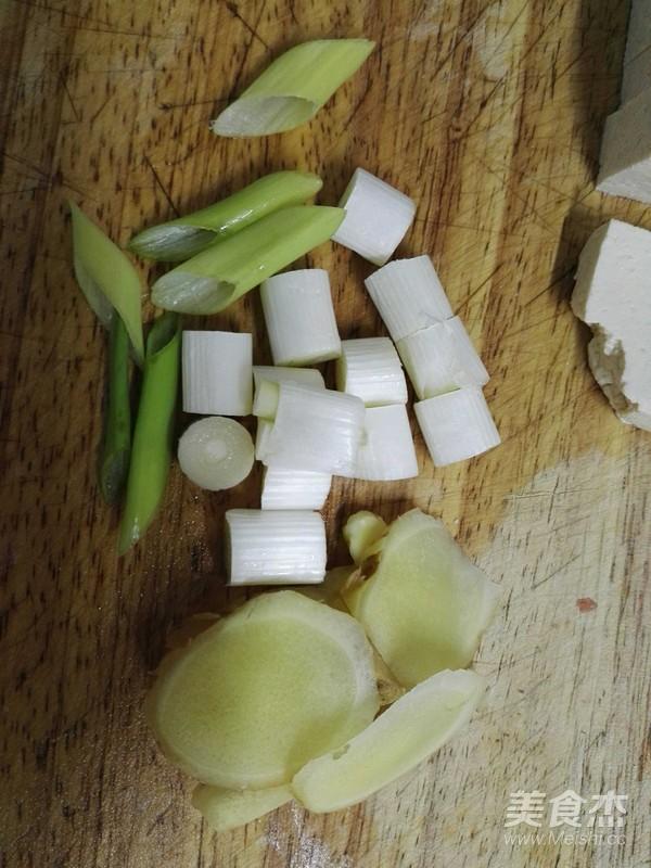 鲢鱼头豆腐汤的简单做法
