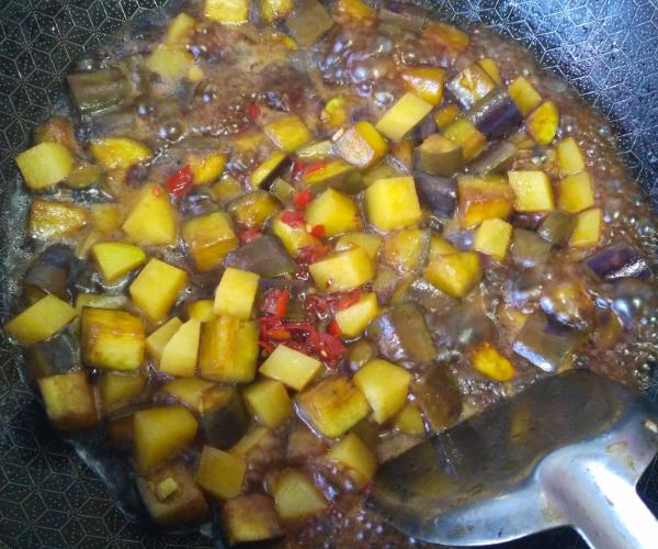 红烧茄子土豆怎么吃
