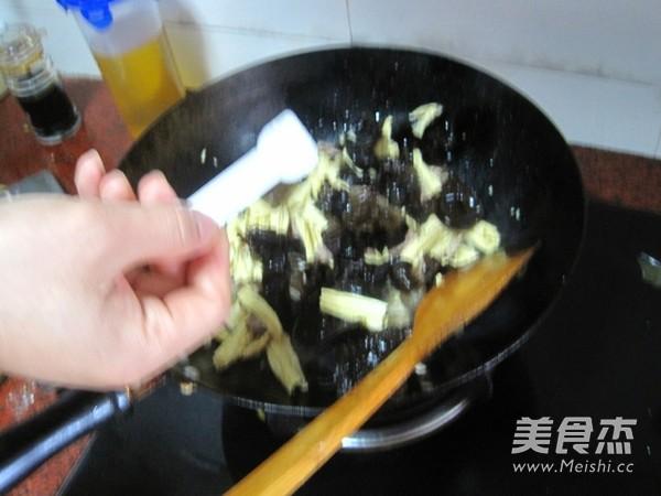 腐竹炒木耳怎么煮