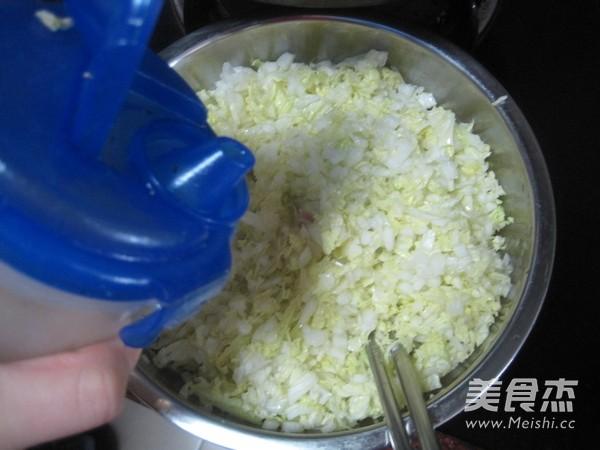 白菜猪肉馅饺子怎么吃