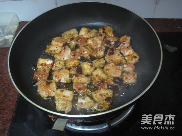 生菜包五花肉的家常做法