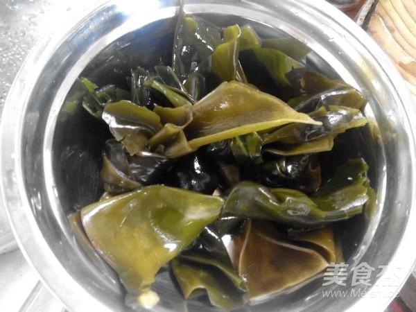 白萝卜海带煲排骨汤的做法图解