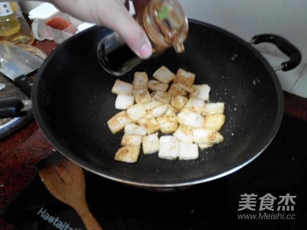 胡萝卜丝煎豆腐的简单做法