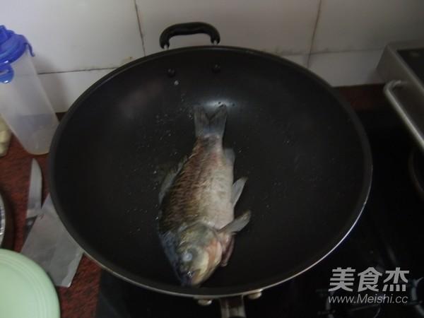 木瓜鲫鱼汤的简单做法