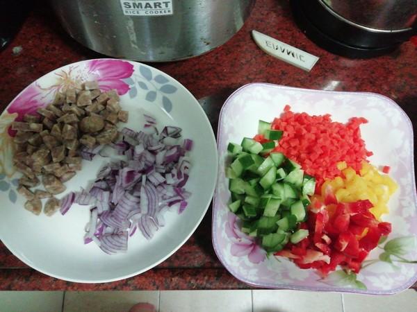 牛肉肠彩椒炒饭的做法大全