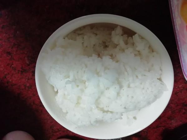 牛肉肠彩椒炒饭的家常做法