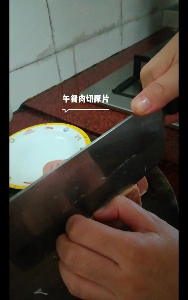 酸菜午餐肉米线的家常做法