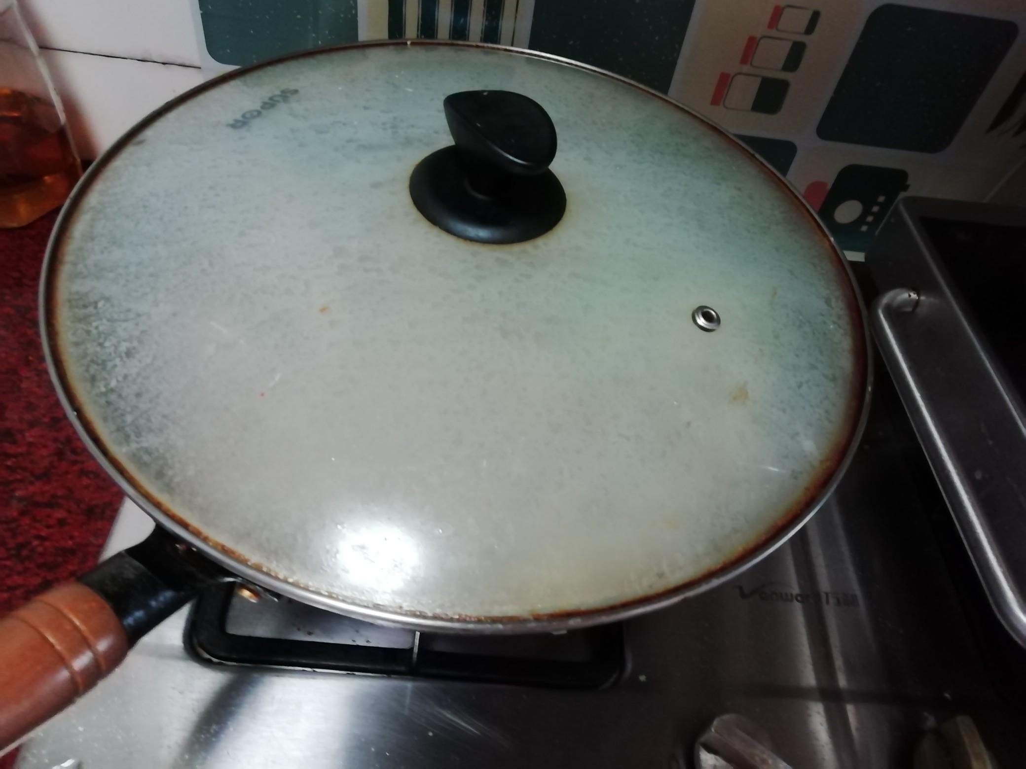 大杂烩煮面怎么煸