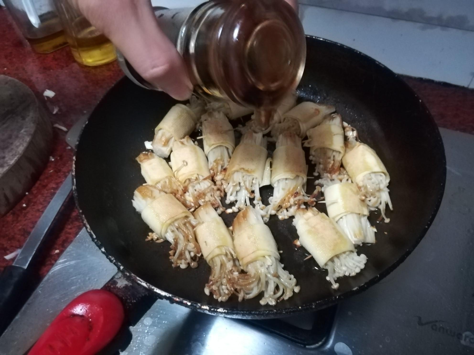 豆腐皮金针菇卷怎么吃