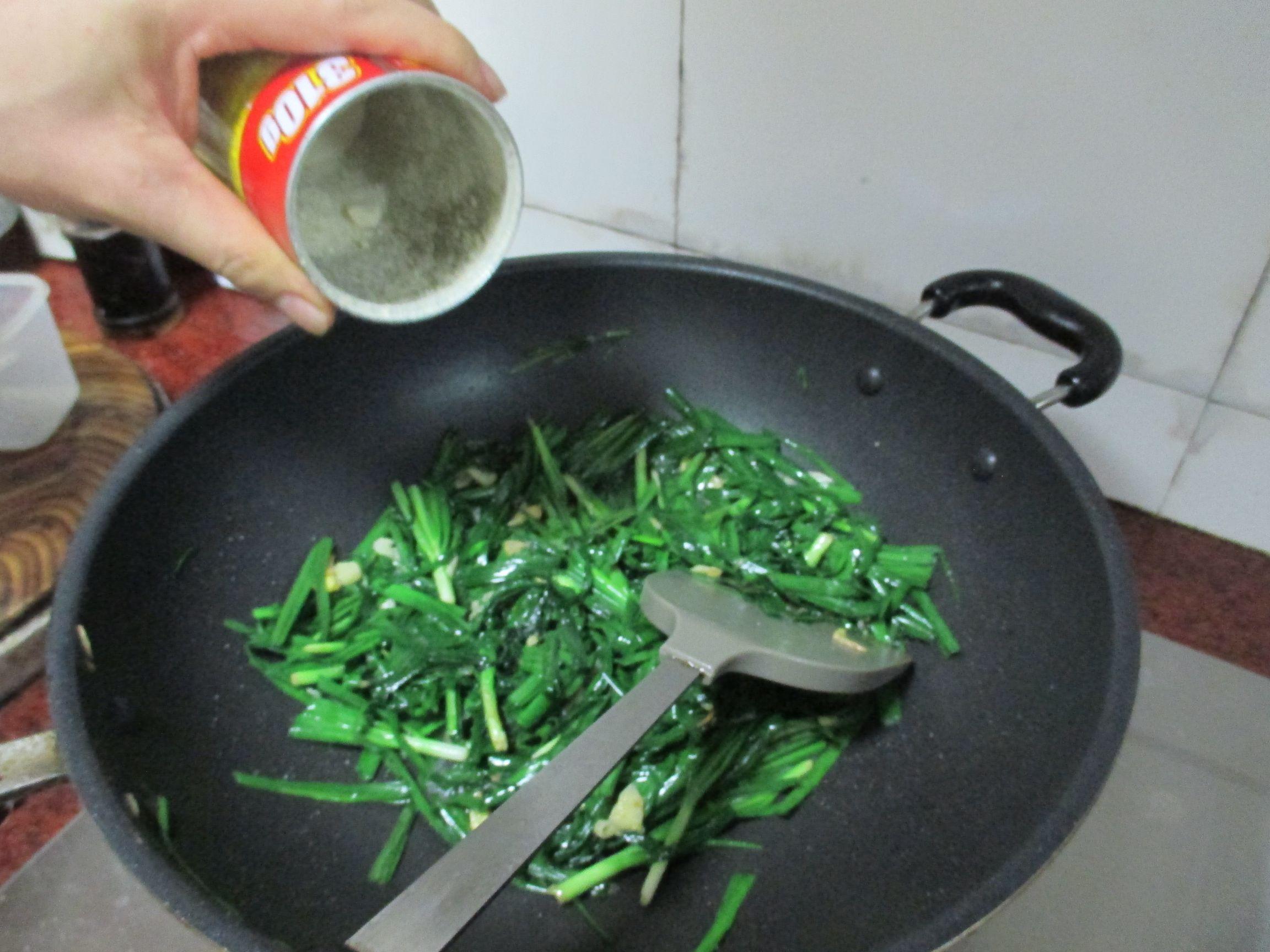 素炒韭菜怎么吃