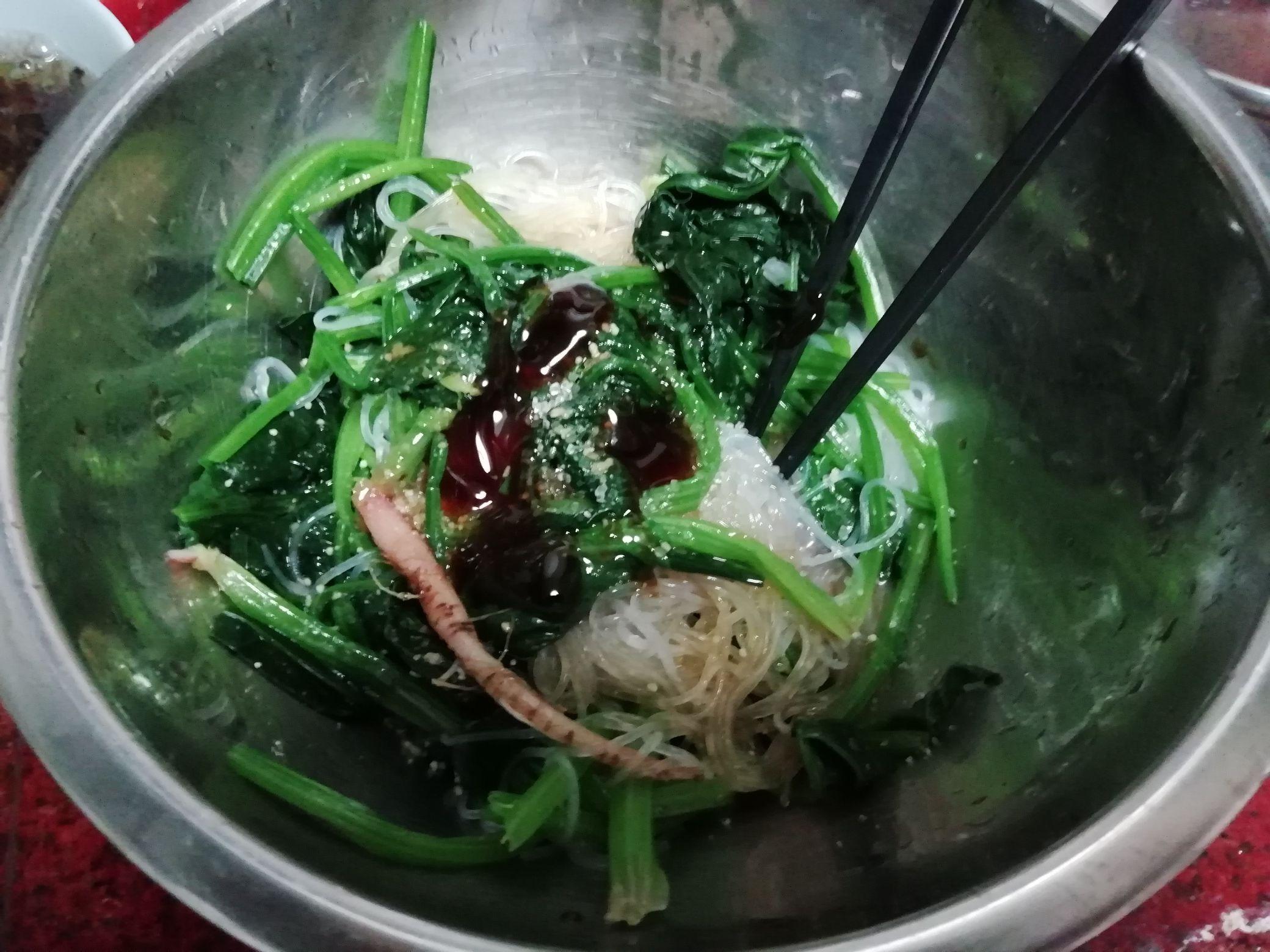 芥末酱拌菠菜粉丝怎么煮