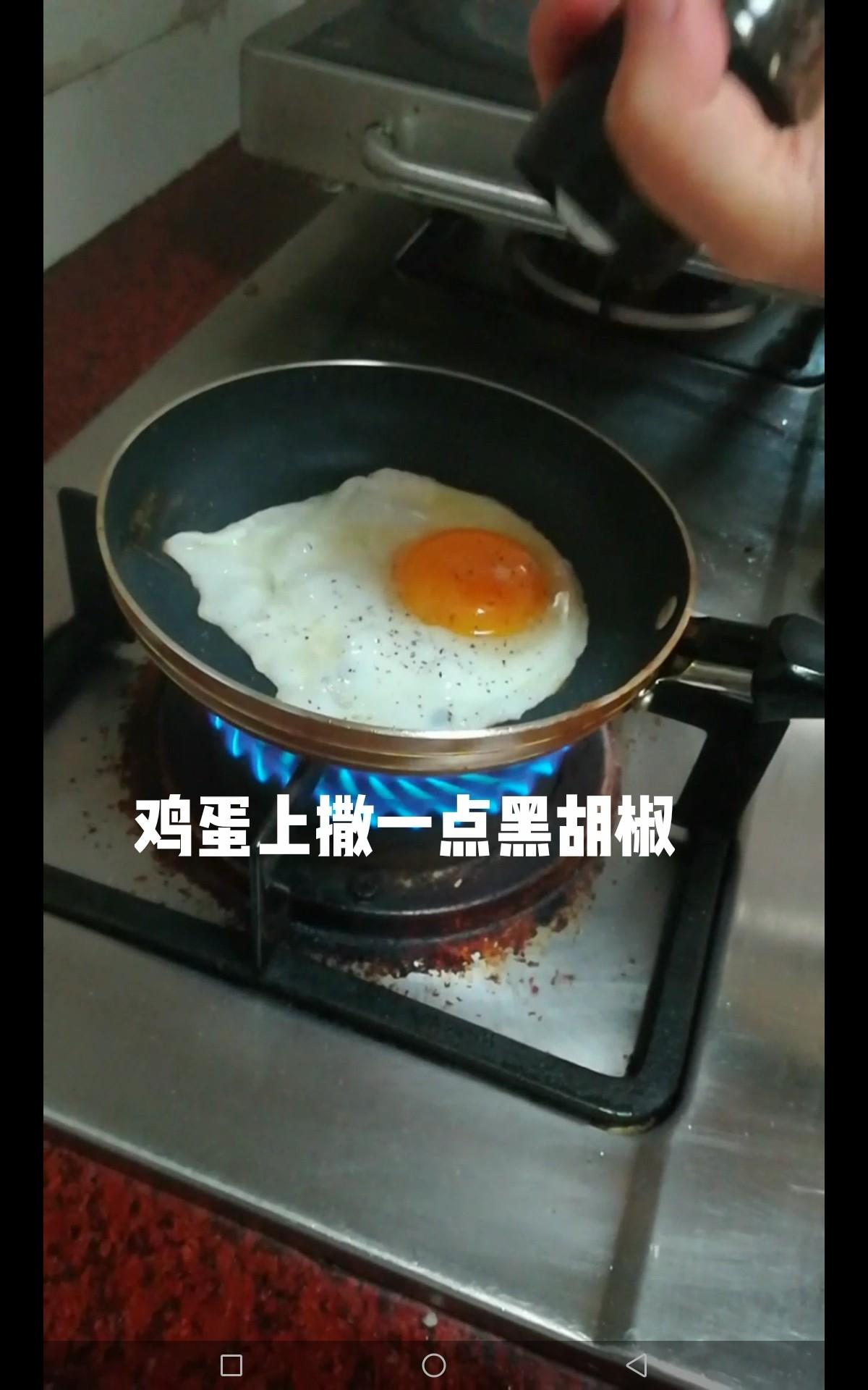吐司夹火腿鸡蛋的家常做法