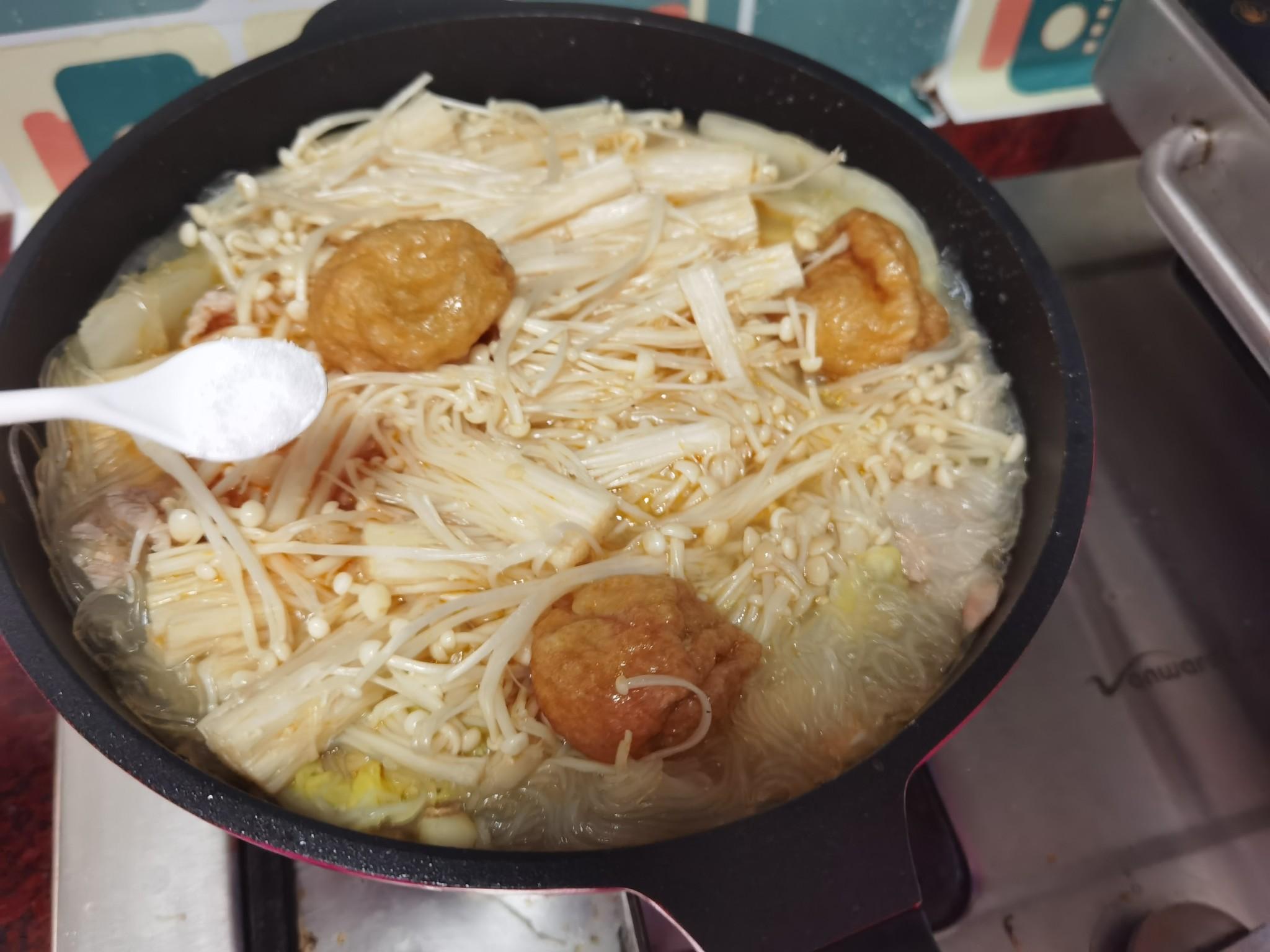 金针菇粉丝煲怎样做