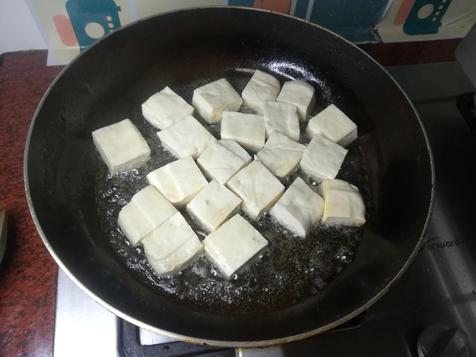 五花肉煎豆腐怎么吃