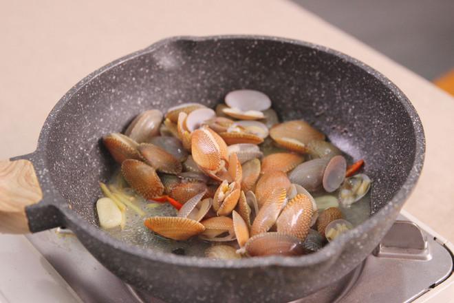 海鲜螺蛳粉怎么吃