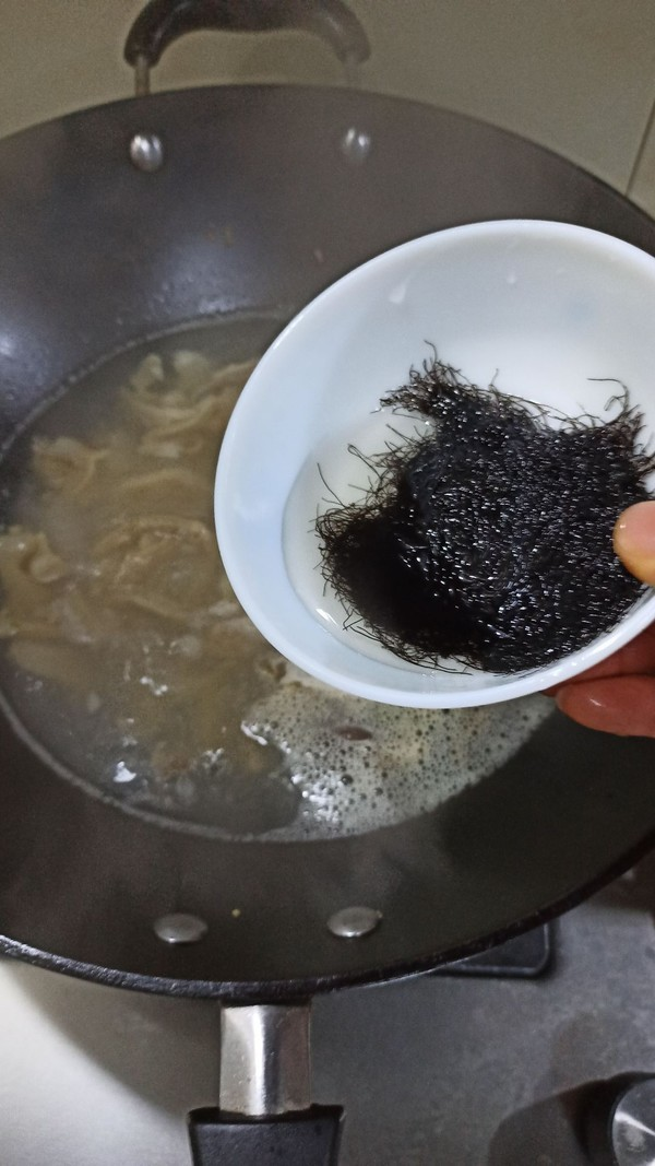 酸辣发菜肚丝汤怎么炒