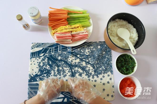 日式手卷寿司的制作方法怎么炒