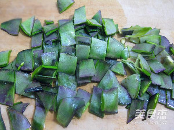 梅豆鲜虾疙瘩汤的家常做法
