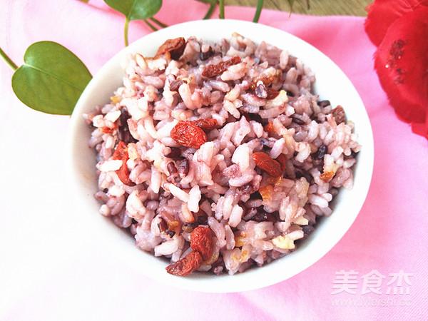 黑米枸杞米饭怎么炖