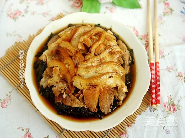 梅菜扣肉成品图