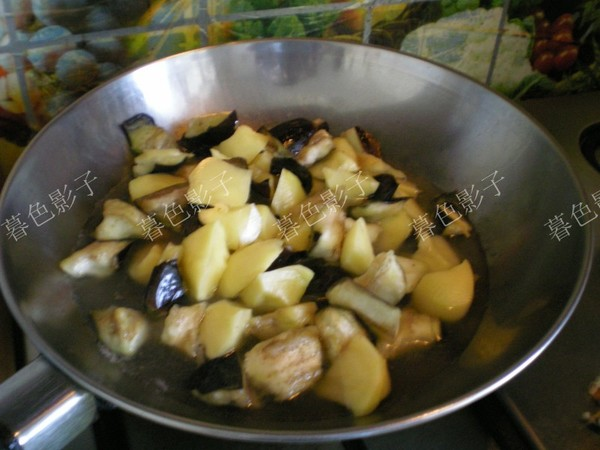 土豆炖茄子怎么做