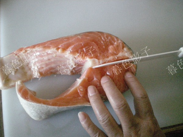 辣根三文鱼的做法图解