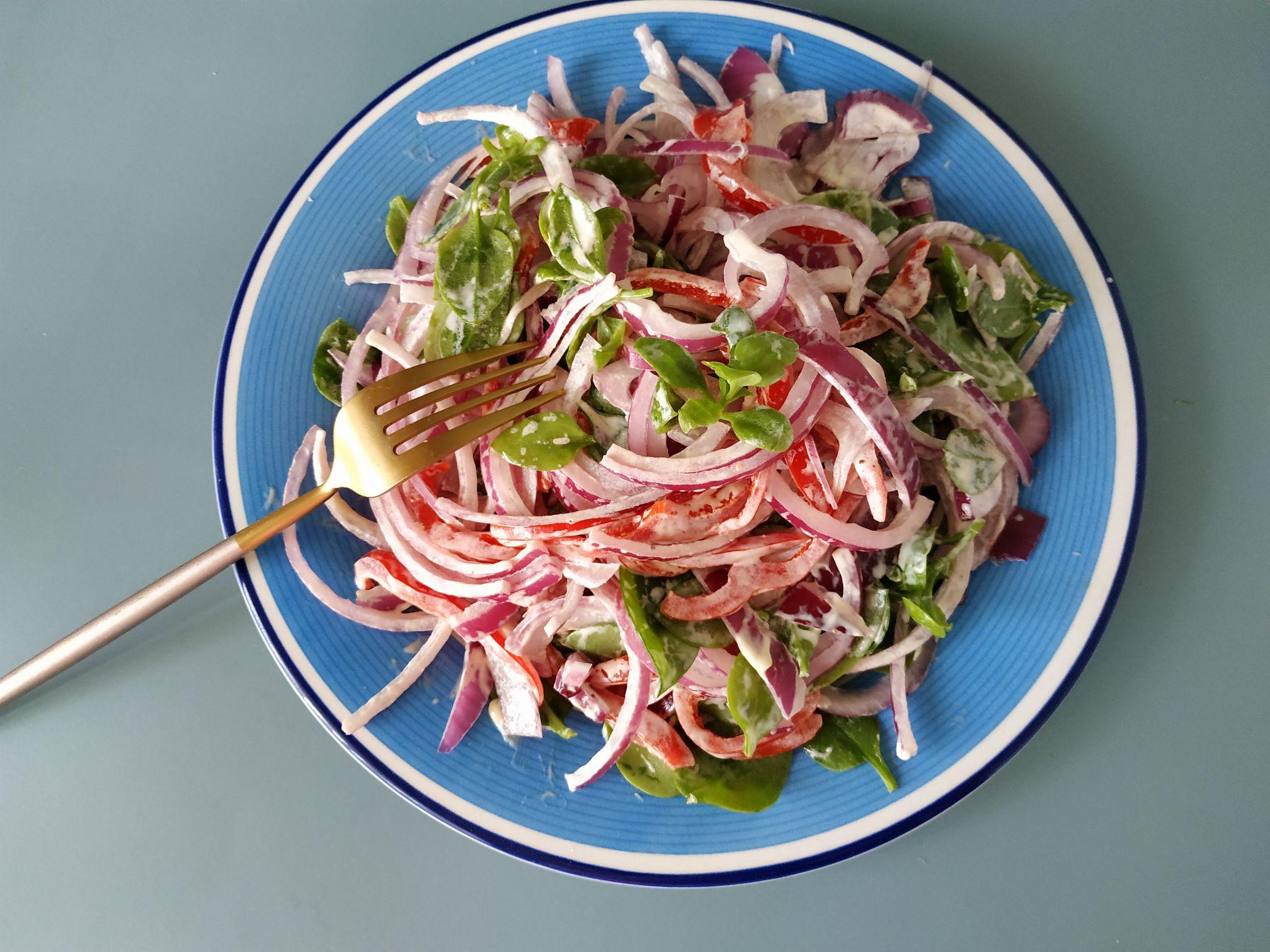 秋天多吃低脂低热菜,拌沙拉成品图