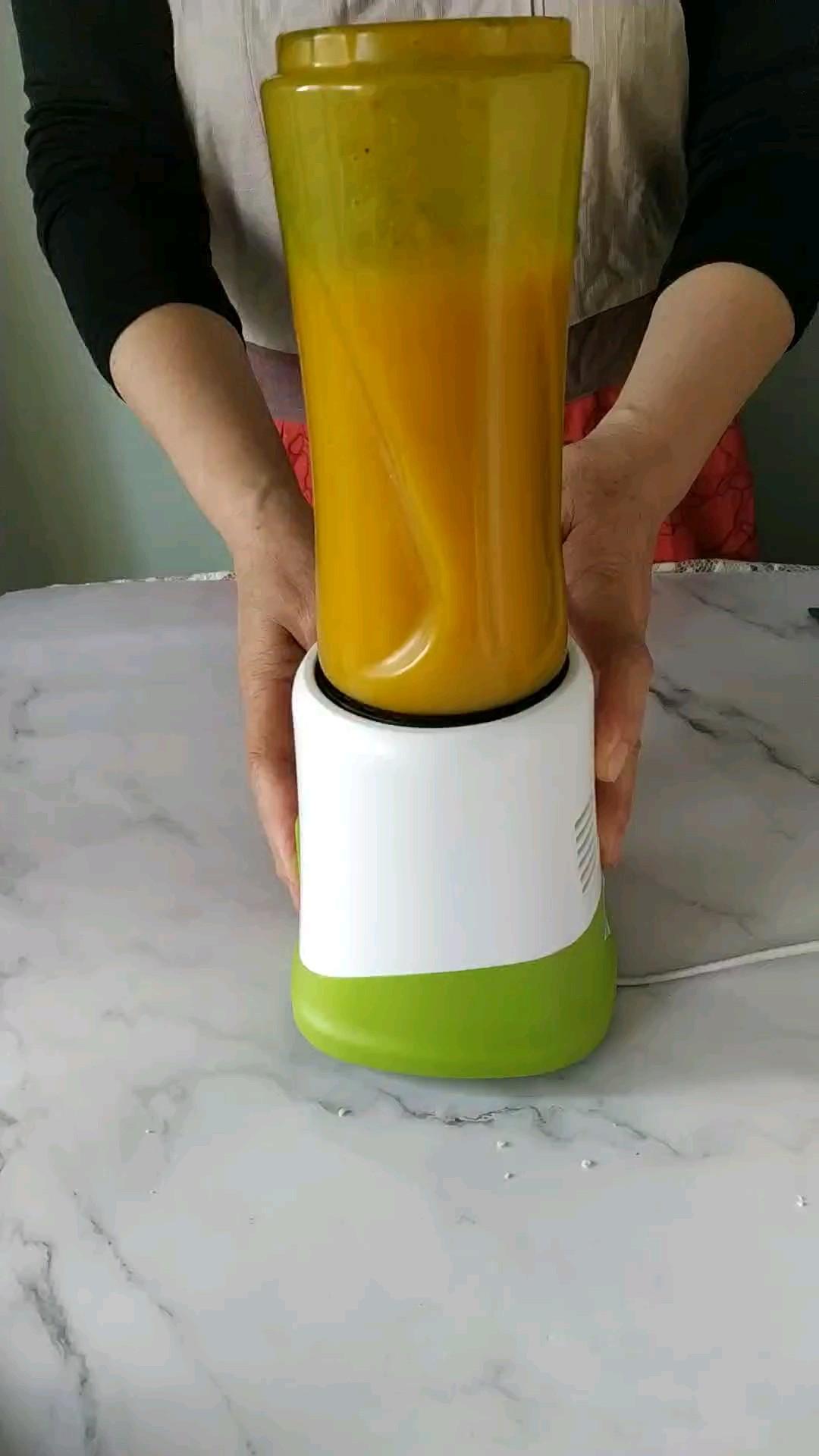 秋季,最甜柿事成鲜果汁的家常做法