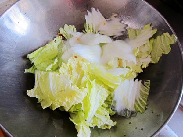 大酱炒白菜的简单做法