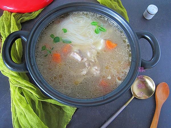 养胃驱寒汤成品图