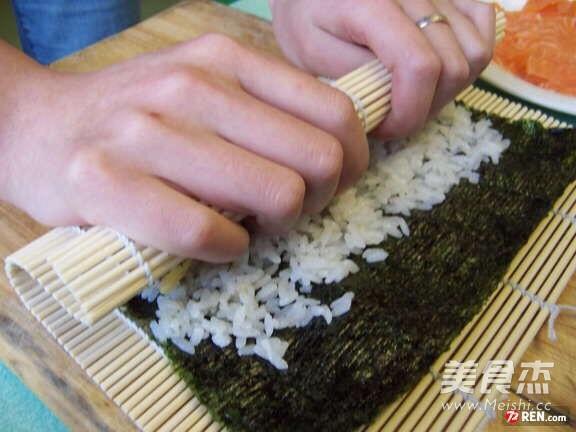 飞跃寿司卷的家常做法