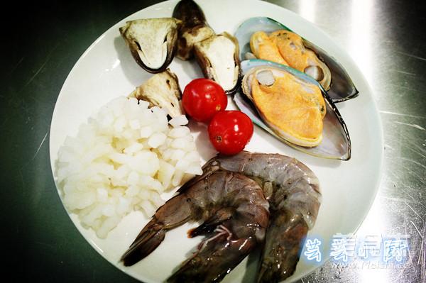 冬阴功海鲜汤的做法大全