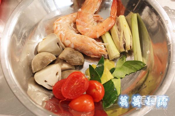 冬阴功海鲜汤的做法图解