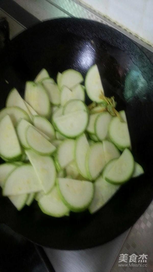 角瓜炒鸡蛋怎么做