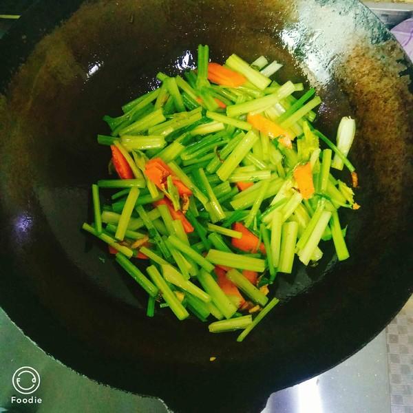 爆炒豆腐干的简单做法
