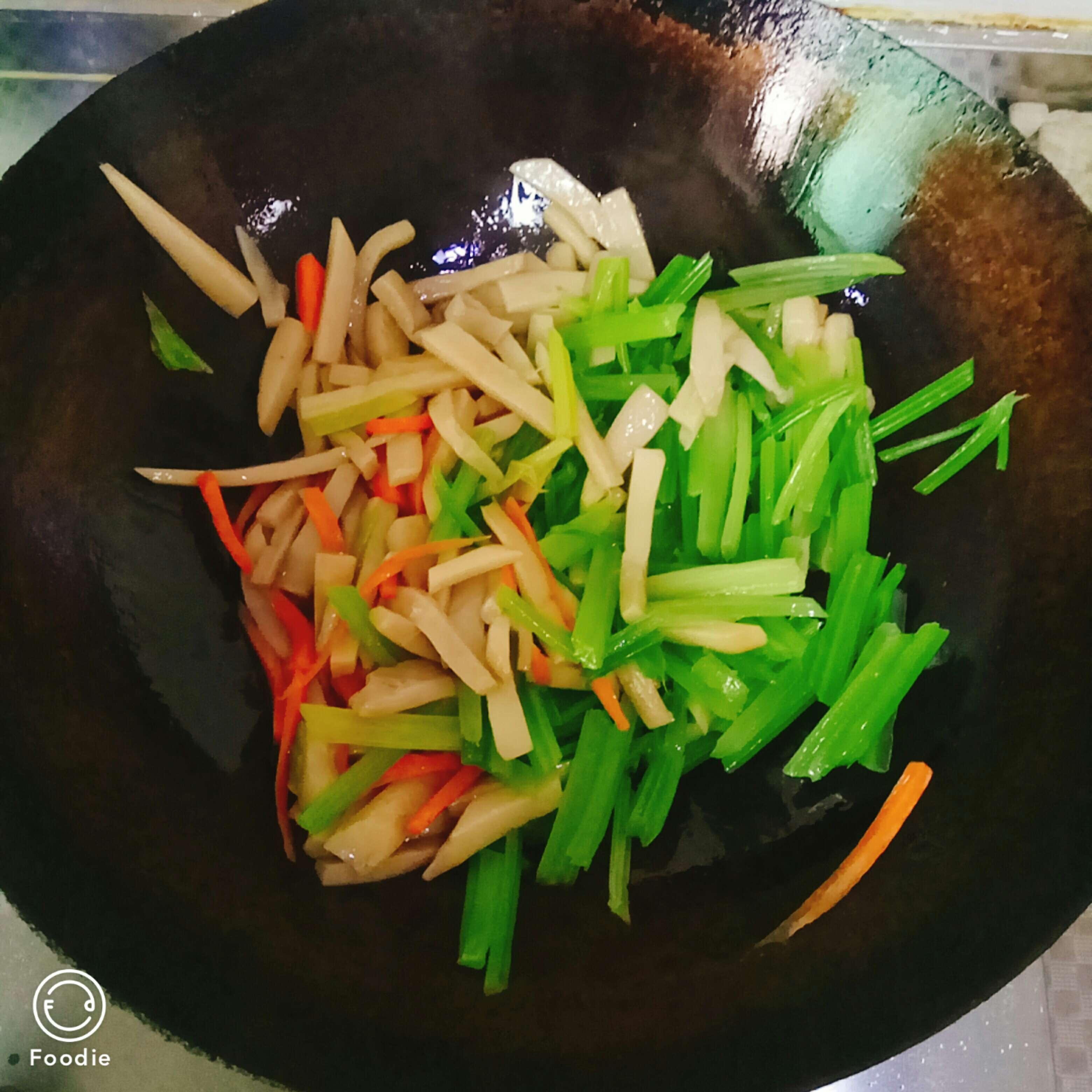 美味芹菜怎么炖