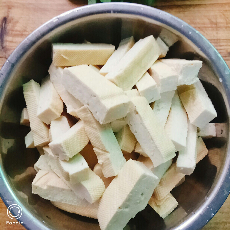 豆腐干炒白菜的做法图解