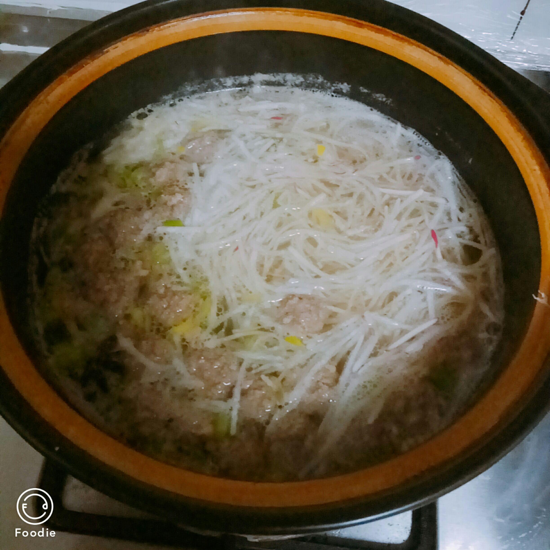 牛肉丸子双丝汤的简单做法