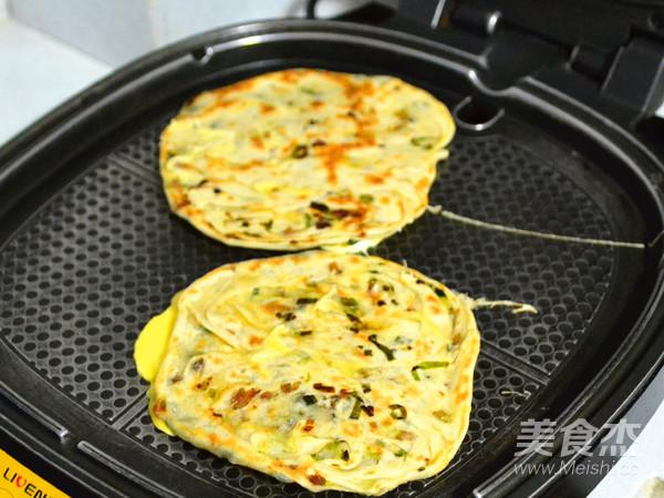 酥脆百变的美味早餐---葱油鸡蛋灌饼的制作